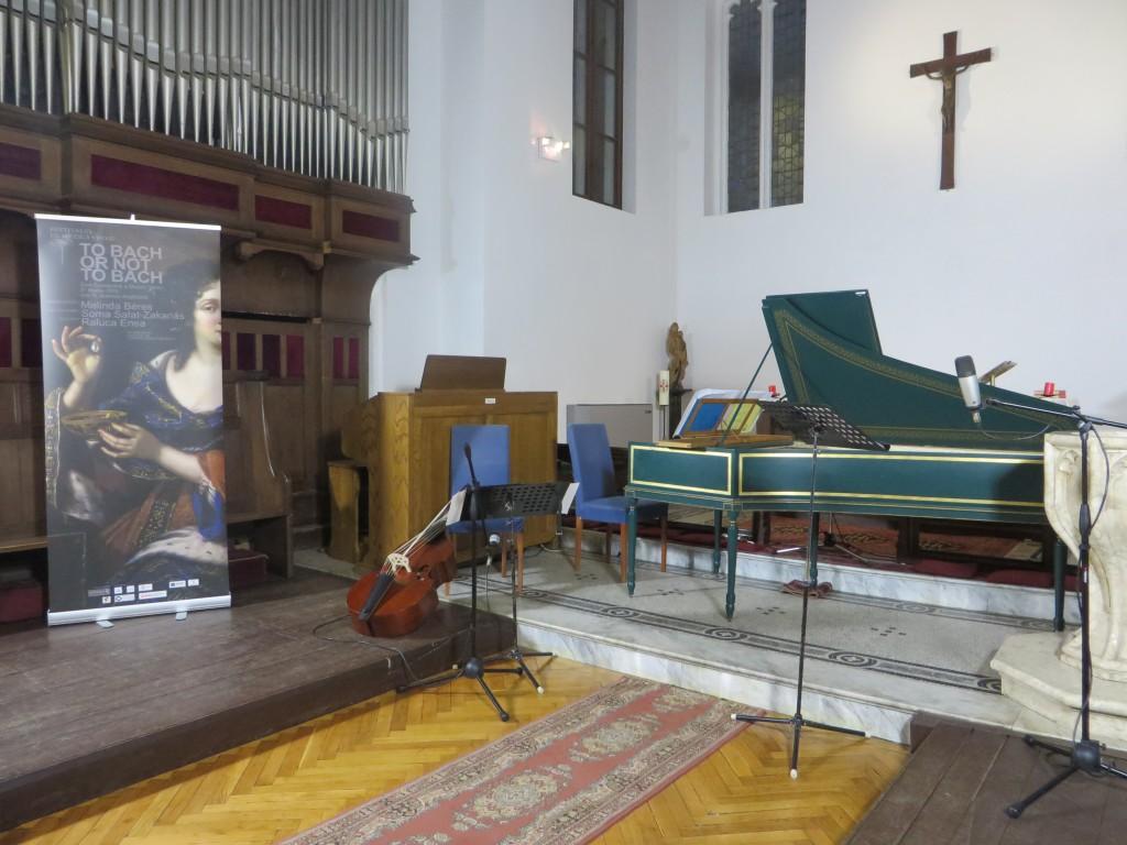 interior Biserica Anglicana