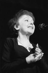 Edith Piaf (wikipedia.org)