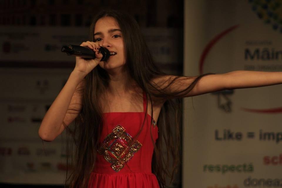 Foto Dominique Simionescu în recital la HERMANNSTADFEST 2016 (foto Hermannstadfest by TakeaSmile.ro)