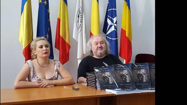 Lansare carte Adrian Ordean si editorul Liliana Nenciu Blaga la Sibiu - Hermannstadtfest 2017.600 (foto by Bogdan Dragomir)