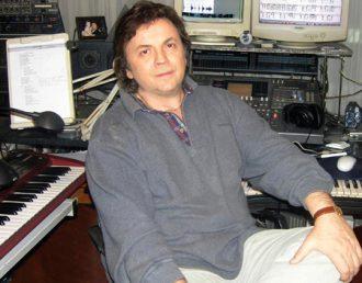 Adrian Daminescu (ovomusic.ro)