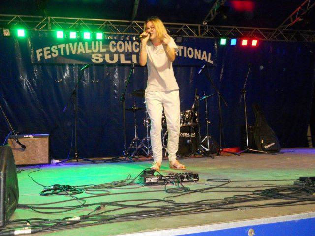 Valentina Ilie - Locul 1 ed. Sulina 2016 in recital (Foto by Stanel Rotaru/Facebook)