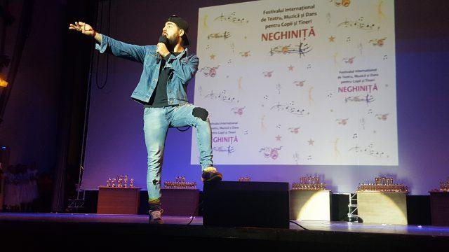 Alex Florea în recital la Festiv. Neghiniţă 2017 (foto by Bogdan Dragomir)