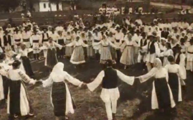 Hora Unirii (foto document Ministerul Apararii Nationale)