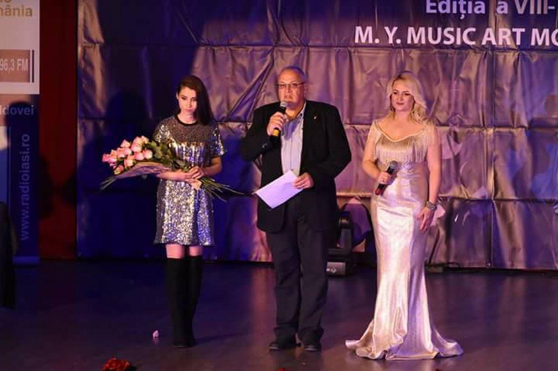 34366423_1296543077143569_2082607673072680960_n B.Dragomir - Premii la gala Vis de Stea 2018 (foto Vis de Stea).1100