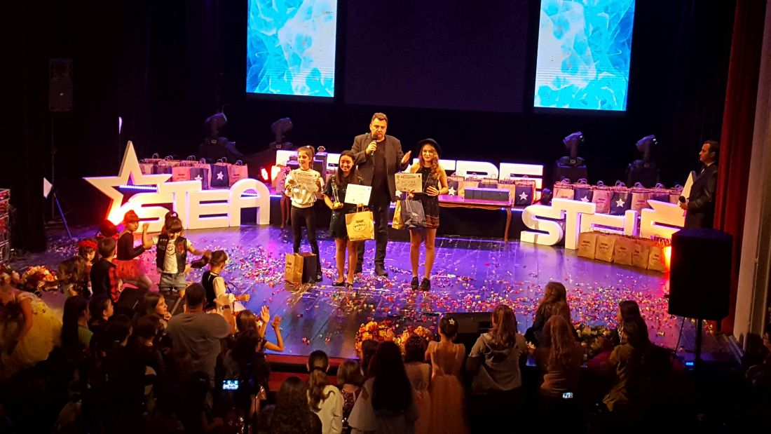 20181013_194142 Cele 3 trofee.1100 (foto Bogdan Dragomir)