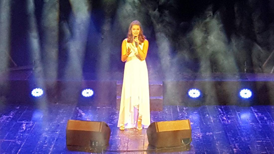 20181110_130014 Premiul Tinere Talente - Ioana Mirti la Festiv. Neghinita 2018.1100 (foto by Bogdan Dragomir)