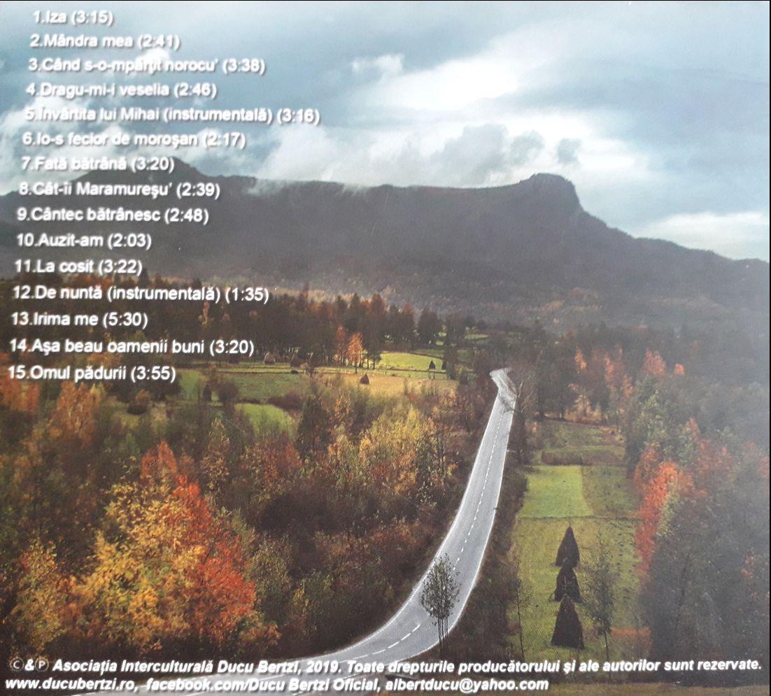 Reprod. foto booklet CD Povesti din Maramures 2019 - Ducu Bertzi.1100 (foto by Mariana Scubli)